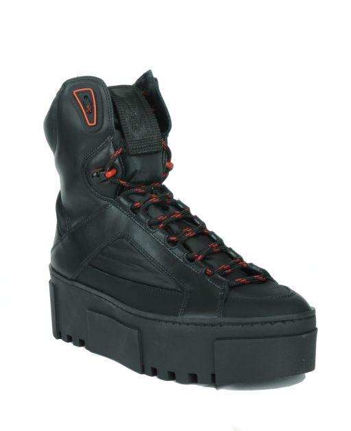Vic Matié - High Top Sneacker mit Kontrast Schnürsenkel