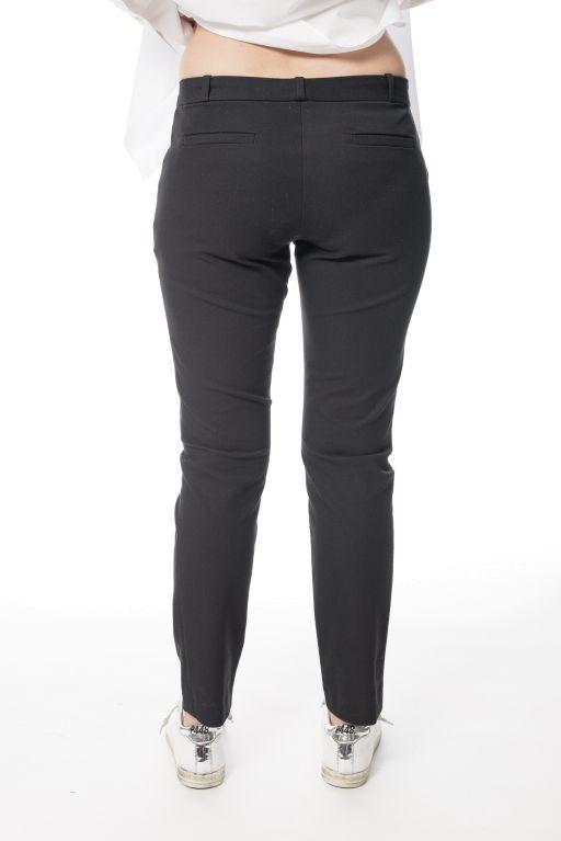Joseph - Klassische schmale Hose aus schwarzem Baumwollstretch