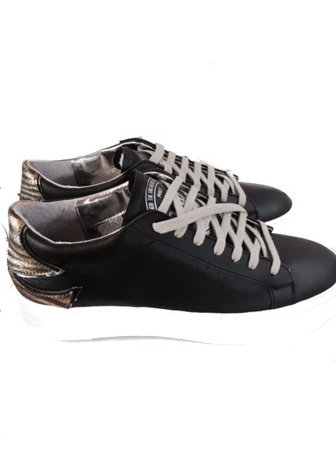 P448 - Sneaker mit Plateausohle black