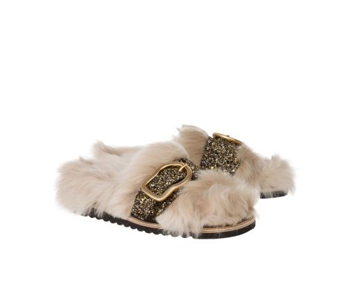 Dorothee Schumacher - Sandale mit Fake Fur Fell