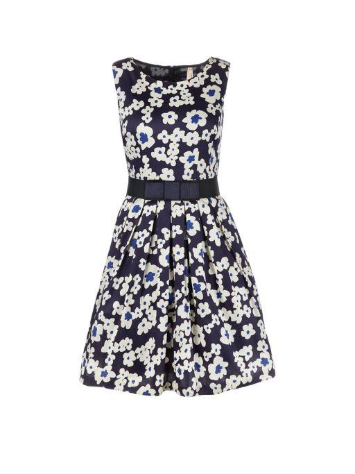 Marc Cain - Kleid mit Petticaot Blumendruck