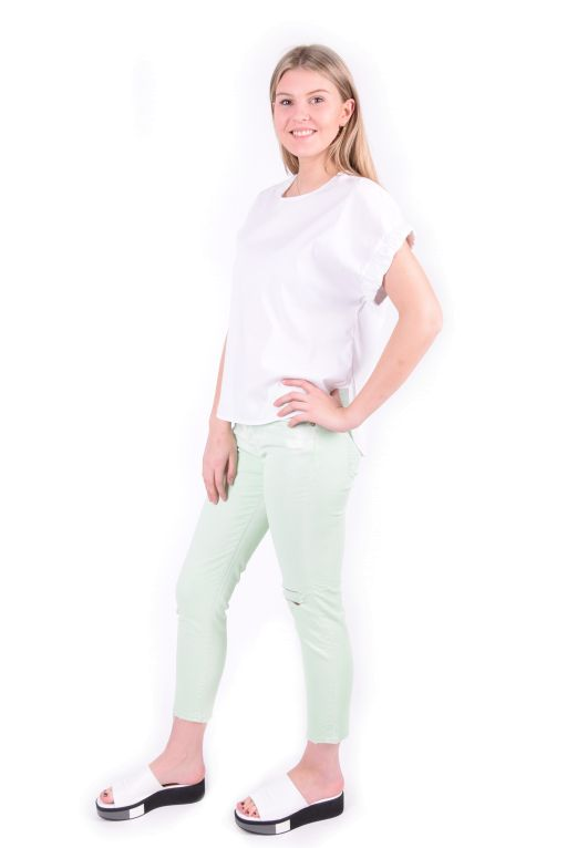7 For All Mankind - Josie Crop Jeans pastel green im Boyfriend Style