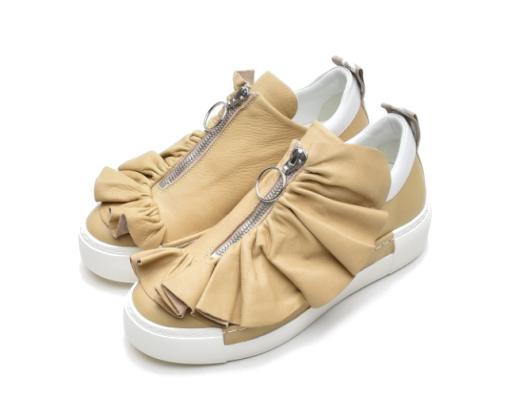 Vic Matié - Eleganter Sneaker mit Rüsche sand