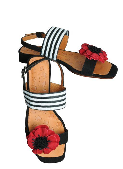 Chie Mihara - Mehrfarbige Sandale mit Lederblume